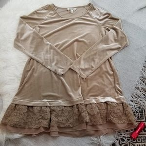 •Krazy Kat• Tan Velour Lace Ruffle Top